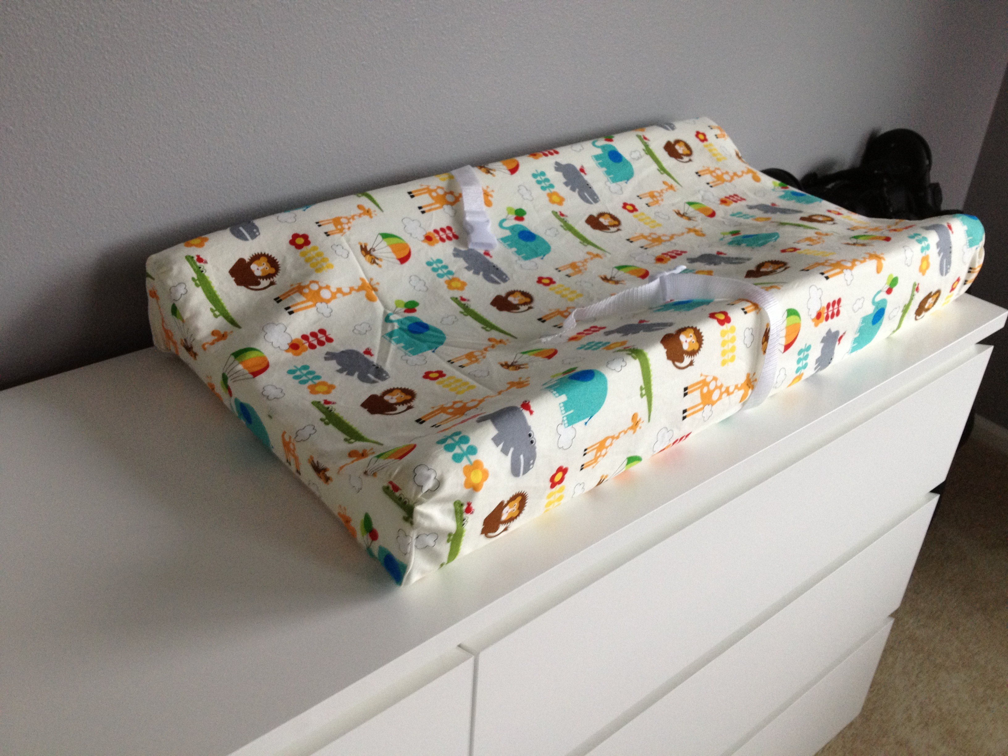 Diy Crib Sheets And Changing Pad Cover Add A Pop Of Color